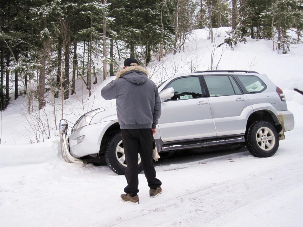 a car is contacting for roadside assistance
